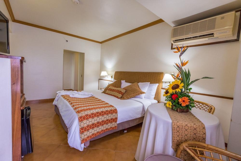 Hotel Ole Caribe in La Guaira - Hotels.com