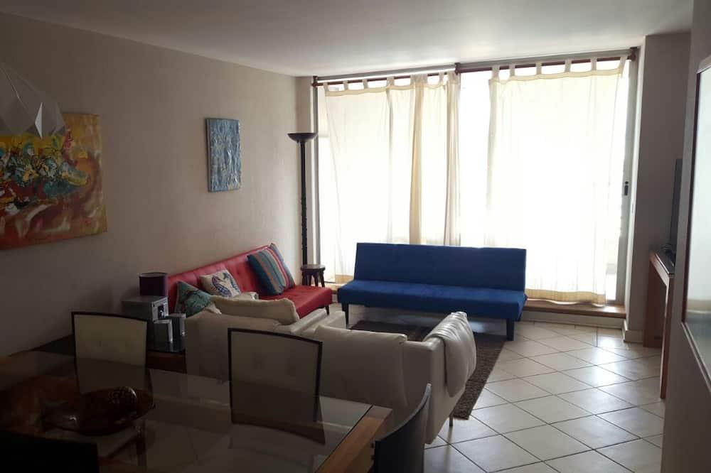 Apartamento Familiar, 2 Quartos, Vista Piscina - Área de Estar