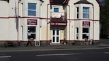 Choose This Cheap Hotel in Llandovery