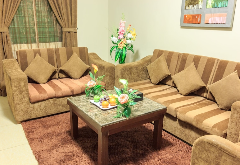 AlMuhaidb Furnished Units King Abdulaziz, Riyadh, Room, 1 Bedroom, Living Room