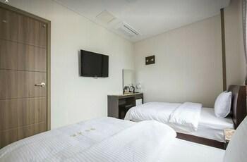 Jeju Şehri bölgesindeki Golden Park Hotel resmi