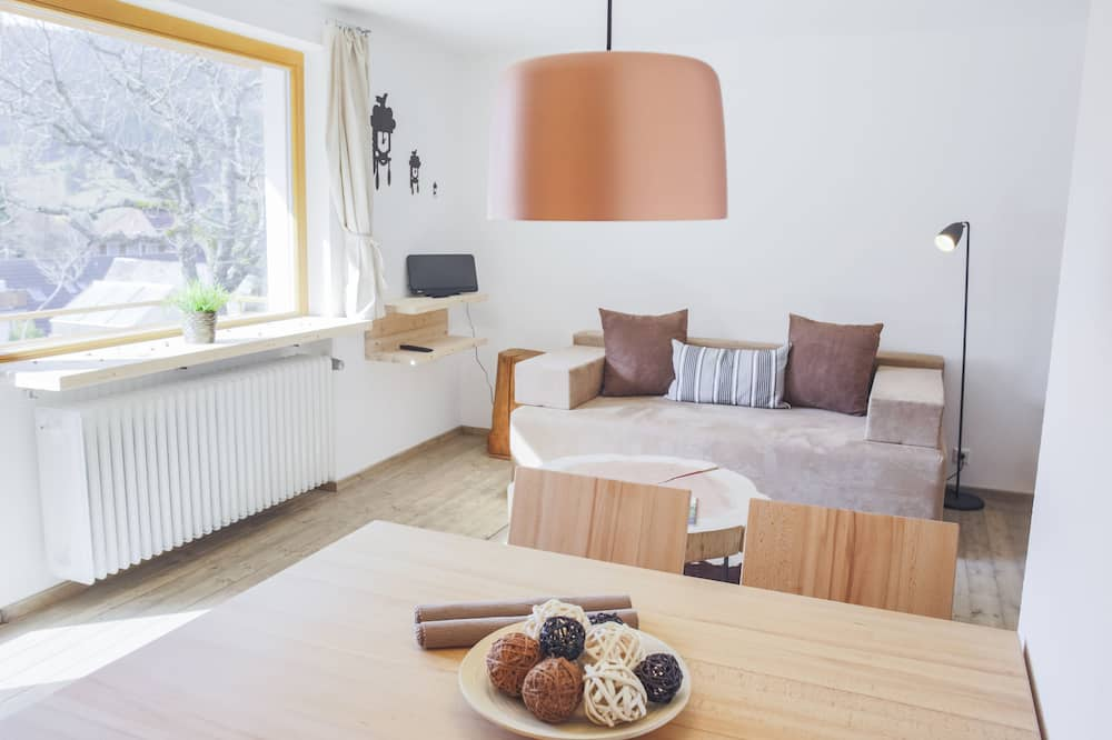 Design Apartment, Hill View - Living Area