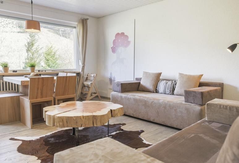 Kuckucksnest Todtnau-Muggenbrunn, Todtnau, Design Apartment, 2 Bedrooms, Hill View, Living Room