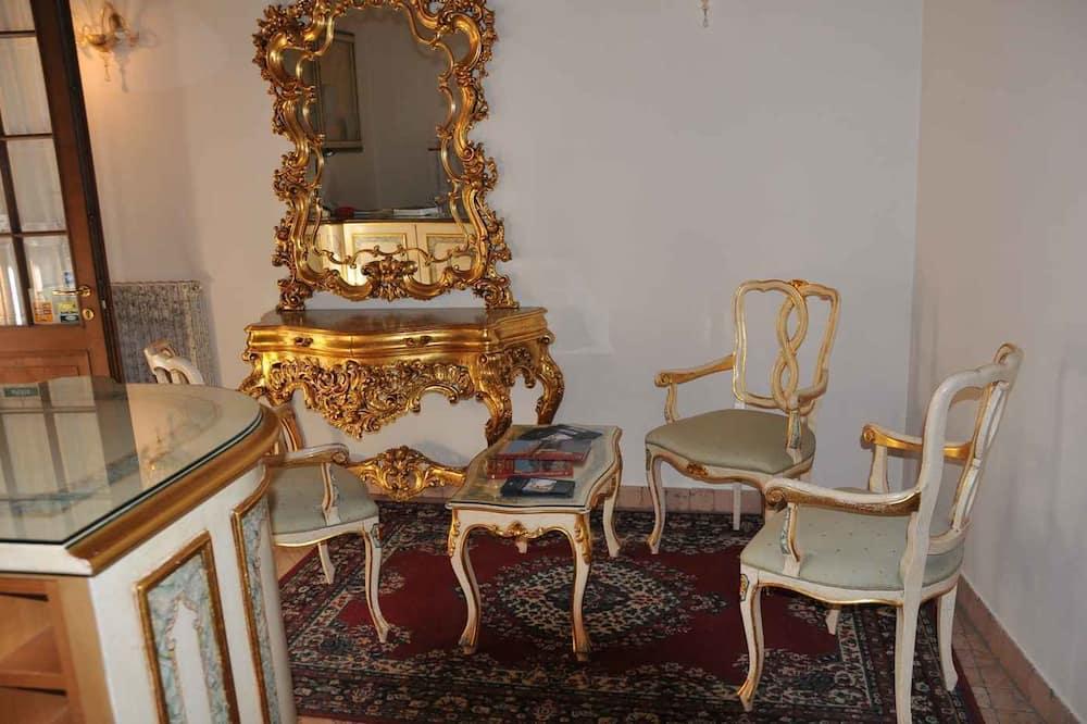ห้องสแตนดาร์ดดับเบิล - พื้นที่นั่งเล่น