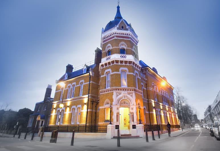 Lansbury Heritage Hotel, London, Hotellets front – kveld/natt