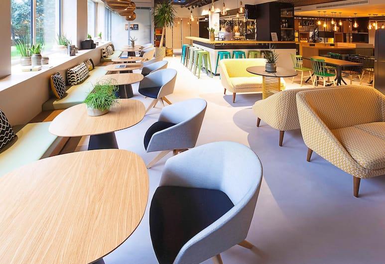 ibis Styles Paris 16 Boulogne, Paris, Lobby Lounge