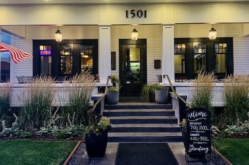 藍汀飯店及餐廳/