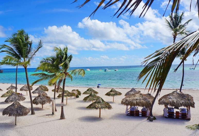 Hotel Tropicana Suites Deluxe Beach Club & Pool, Punta Cana, Vista desde el hotel