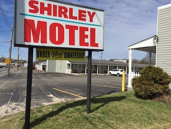 Motels In Shirley