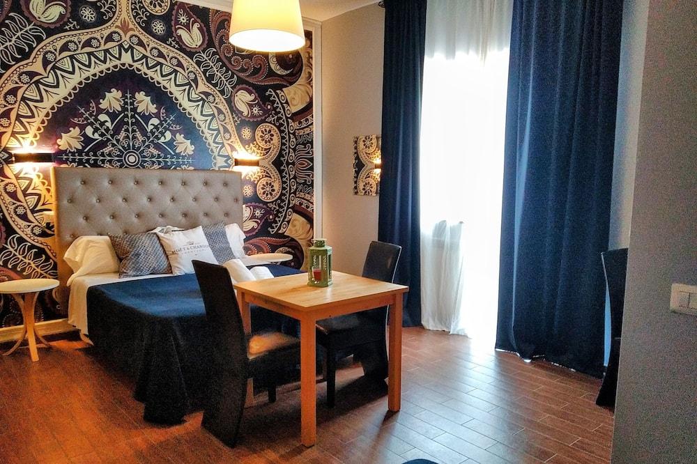 Comfort háromágyas szoba, terasz - Vendégszoba