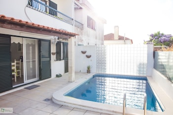Picture of Help Yourself Hostels Carcavelos Coast in Cascais