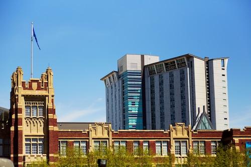 南亞伯達省理工學院飯店/