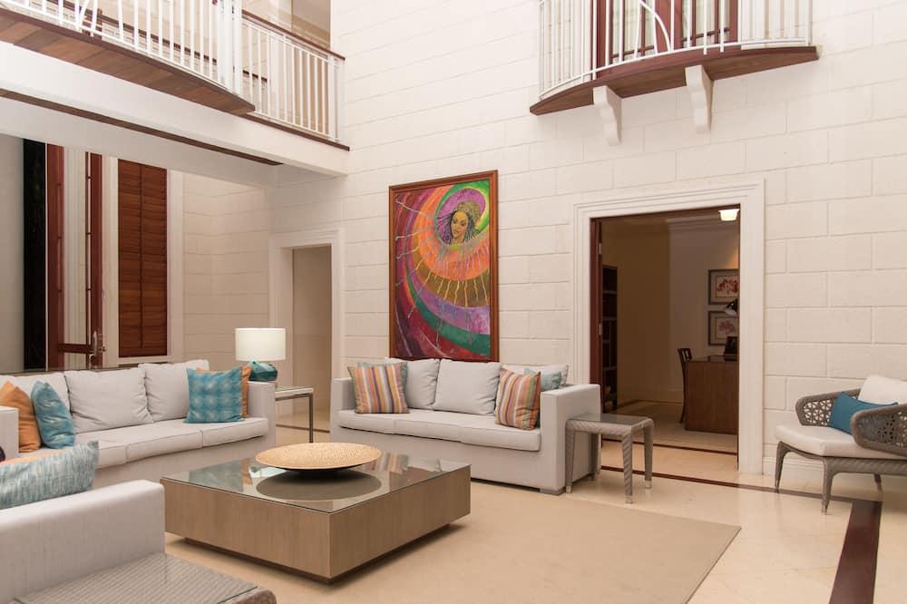 Luxury Villa, 6 Bedrooms, Ocean View, Slope side - Bilik Rehat