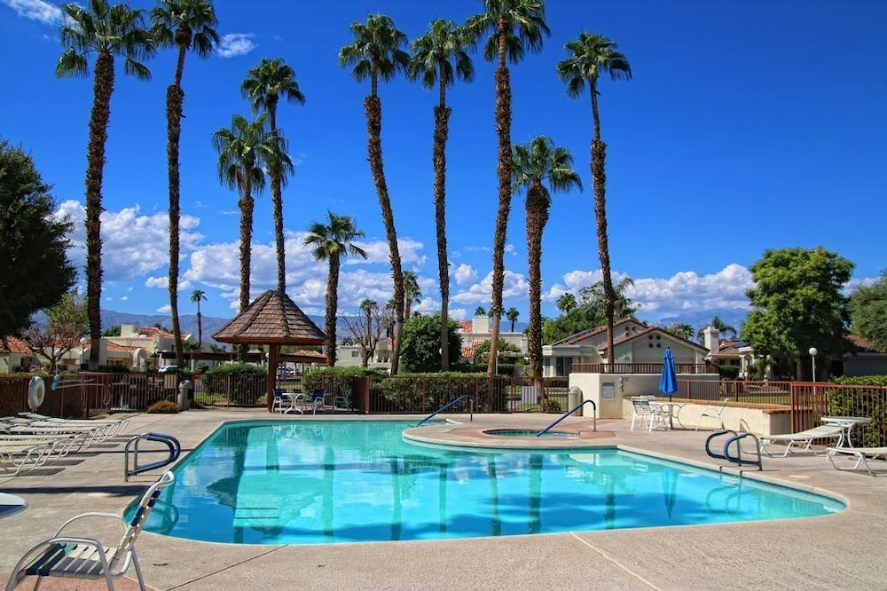 4 Seasons At Desert Breezes Palm