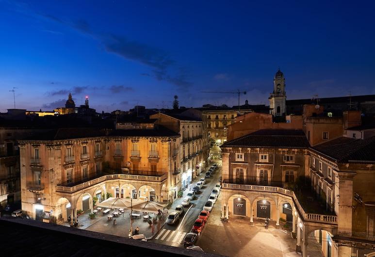 Asmundo di Gisira, Catania, City view from property