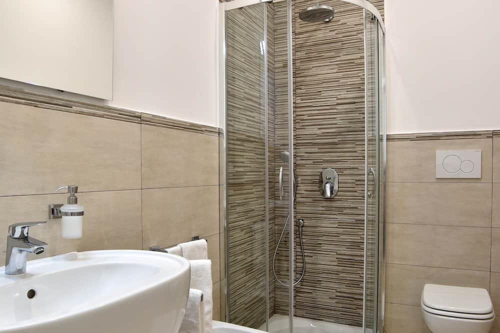 Quarto Duplo Superior, Casa de Banho Privativa, Junto ao Mar - Casa de banho