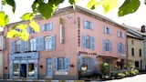 Book this Parking available Hotel in Champlitte