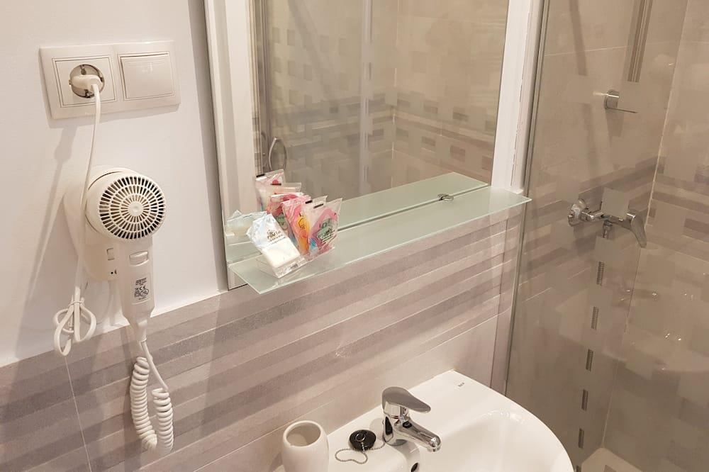 Superior Suite, 2 Twin Beds (Duquesa 2) - Bathroom