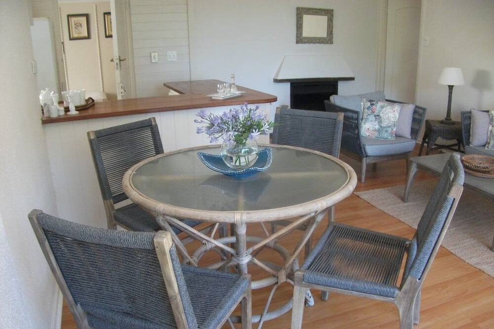 Comfort Cottage, 2 Bedrooms (River Cottage - Luxury Self Catering ) - In-Room Dining