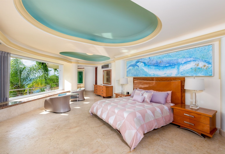 Villa Armonia Luxury Suites, Puerto Vallarta, Grand Suite, 1 King Bed, Beach View, Guest Room