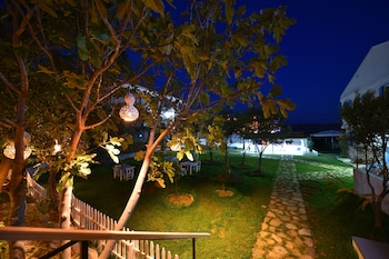 Picture of Garden Ada Hotel in Bozcaada