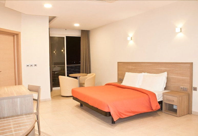 Axis Suites Hotel, Accra, Apartment, 3 Bedrooms, Room
