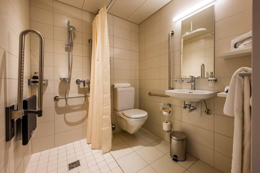 Wheelchair Accessible Double - Kúpeľňa