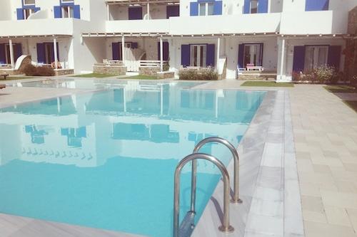 白藍套房酒店/
