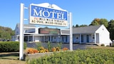 Book this Parking available Hotel in Wells