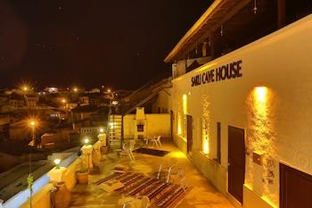 Introduce las fechas para ver los descuentos de hoteles en Avanos