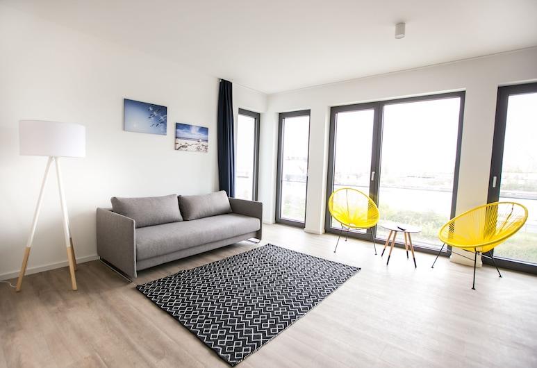 HAFENAPARTMENTS Warnemuende, Rostokas, Apartamentai, 3 miegamieji, balkonas, vaizdas į kanalą, Svetainės zona