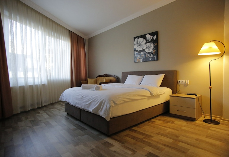 Puffin Suite, Istanbul
