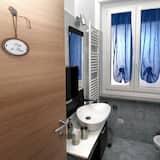 Чотиримісний номер, з балконом - Ванна кімната