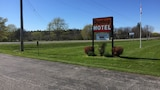 Reserve this hotel in Goderich, Ontario