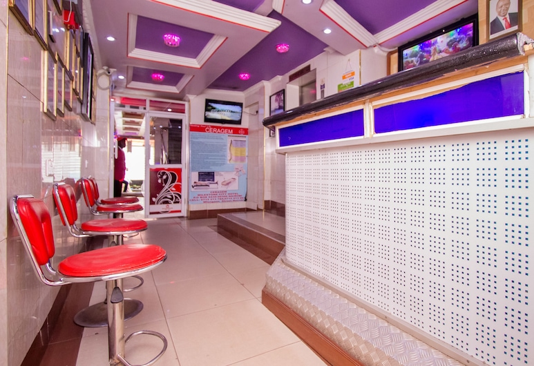 Milestone City Hotel, Nairobi, Lobby Sitting Area