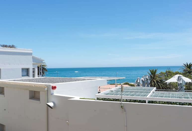 Caprice Court 7, Cape Town, Comfort Apartment, 1 King Bed, View from room