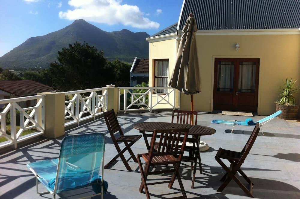 Amanzi Family Room - Θέα από το μπαλκόνι