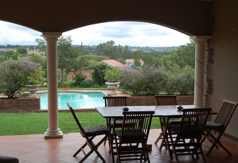 Maple Manor, Midrand, Outdoor Pool