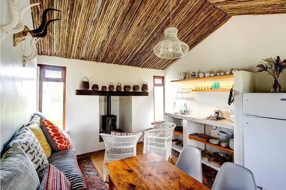 Dom, 2 spálne (Bush House) - Obývacie priestory