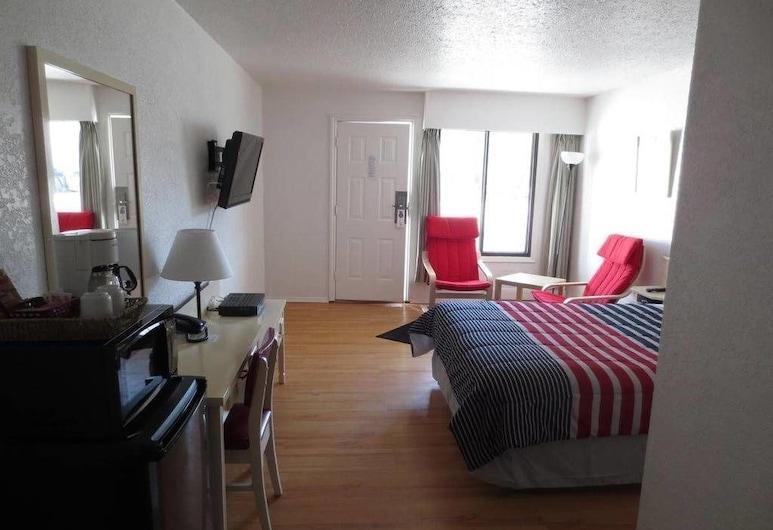 Imperial Motel, Grand Forks, Room, 1 King Bed, Guest Room