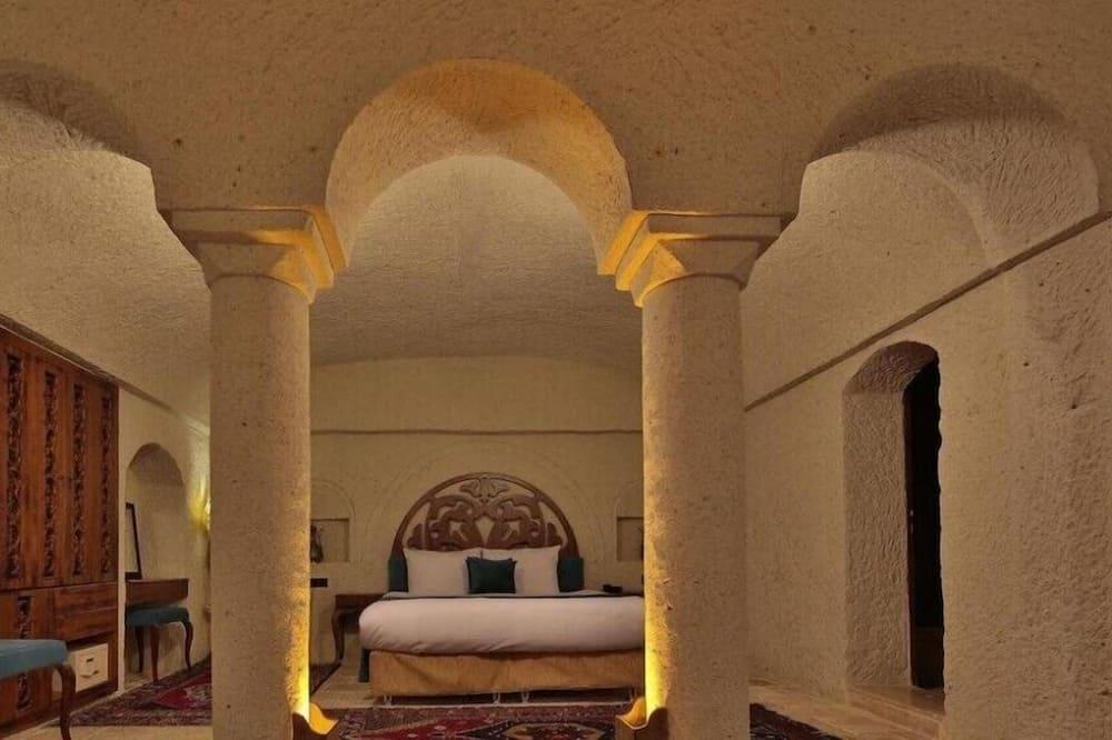 Романтичний номер-люкс, ванна з гідромасажем - Житлова площа