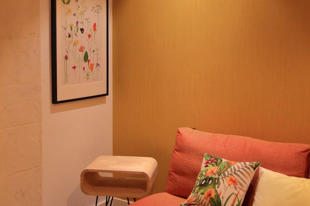 Superior Suite, 1 Bedroom, Private Bathroom - Living Area