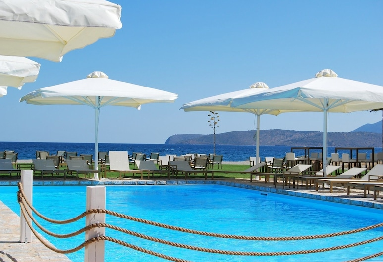 Castello Antico Hotel, East Mani, สระว่ายน้ำกลางแจ้ง