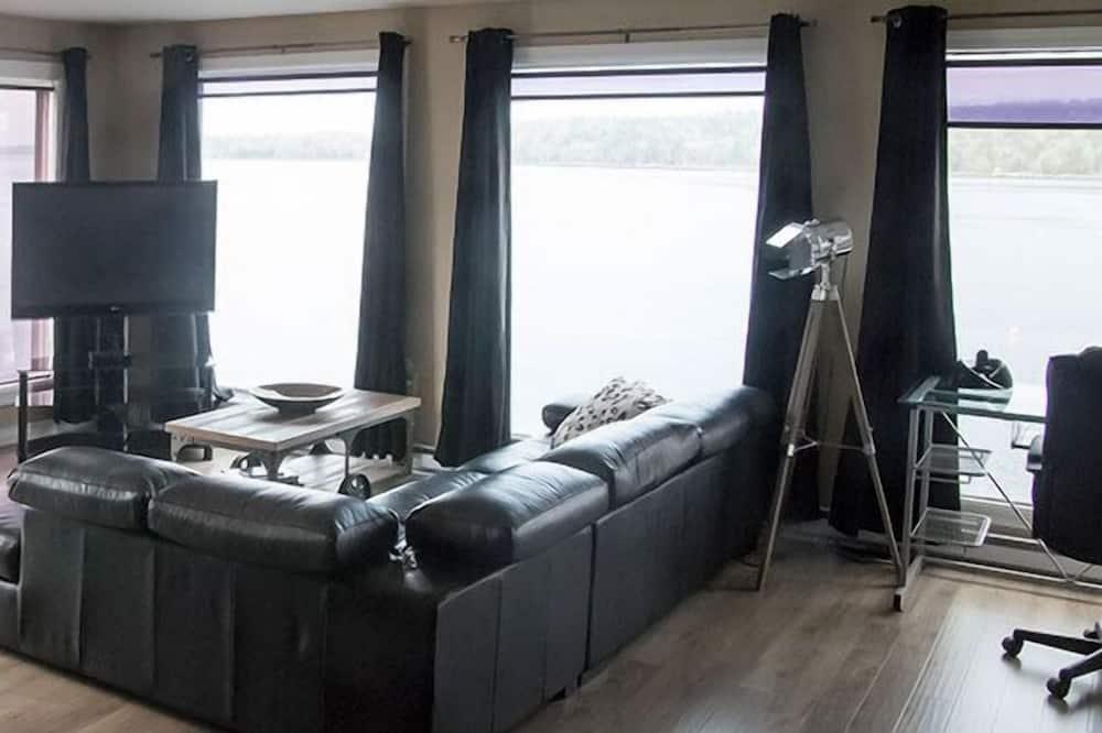 Luksusa numurs (Admiral Howe's Stateroom) - Dzīvojamā zona