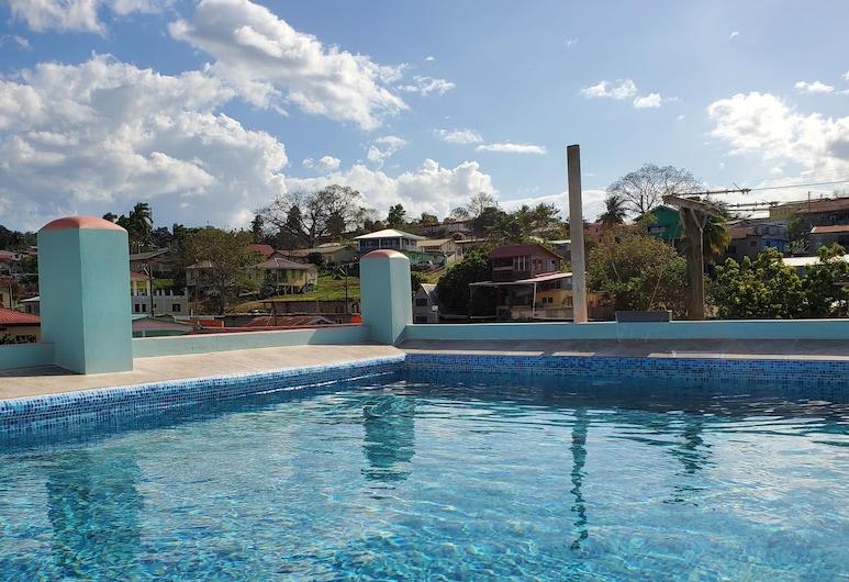 Maya Bella Downtown Hotel, San Ignacio, Pool auf dem Dach