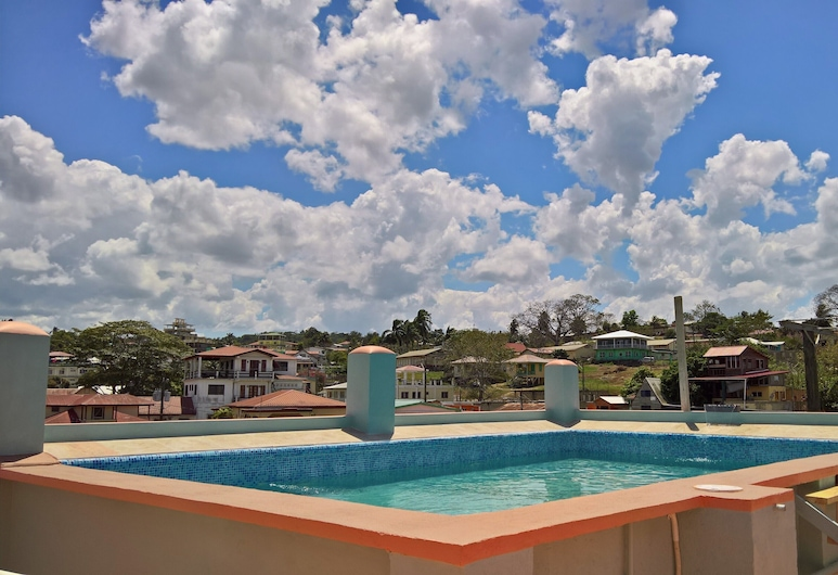 Maya Bella Downtown Hotel, San Ignacio, Takterrasse med basseng