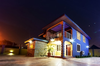 Picture of Bays Luxury Lodge in Accra