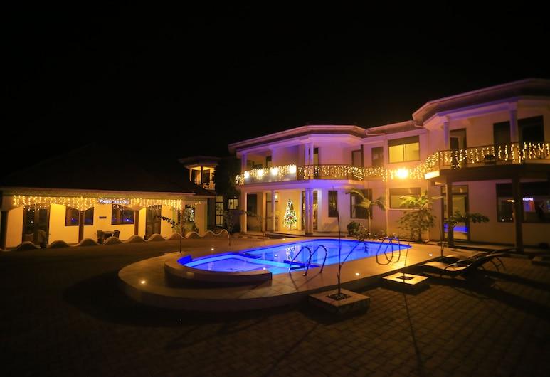 Mowicribs Hotel & Spa, Entebbe