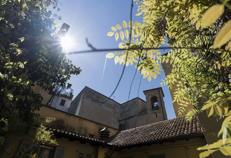 Italianway   - Camperio, Milan, Bagian luar