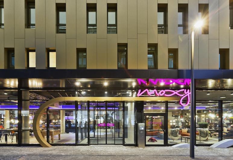 MOXY Frankfurt East, Франкфурт, Вход в отель